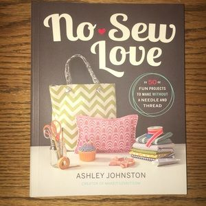☀️3 for $12 Sale! NWT NO-SEW LOVE- ASHLEY JOHNSTON